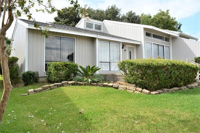 43 April Point Drive N, Montgomery, TX 77356 (MLS #49310396) :: Texas Home Shop Realty