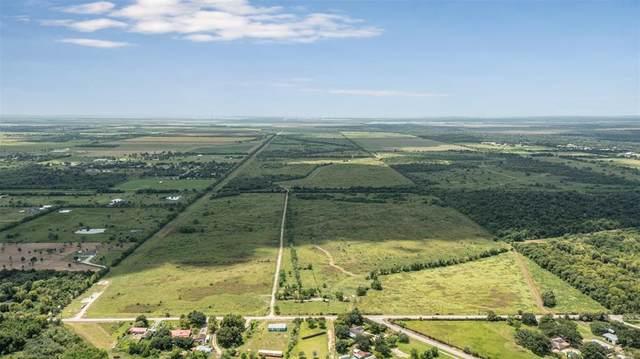 7020 Highland Road, Santa Fe, TX 77517 (MLS #49316020) :: The Property Guys