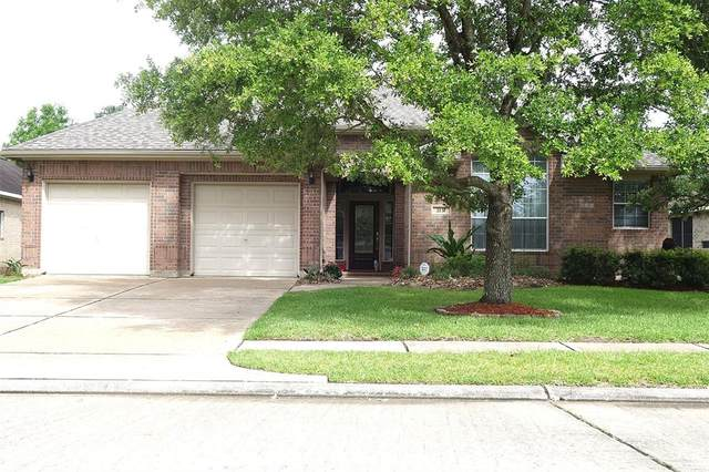 2131 Brittany Colony Drive, League City, TX 77573 (MLS #49492119) :: Rachel Lee Realtor