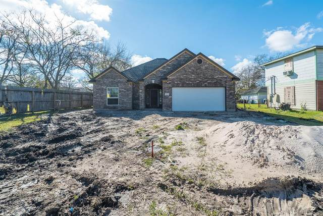 1123 2nd Avenue N, Texas City, TX 77590 (MLS #50033658) :: My BCS Home Real Estate Group