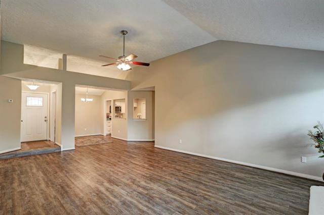 2920 Ocean Way, League City, TX 77573 (MLS #50212935) :: Giorgi Real Estate Group
