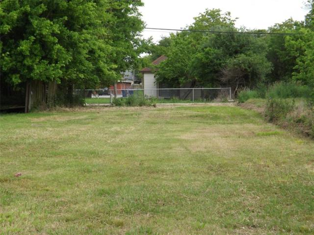 322 1st Ave N, Texas City, TX 77590 (MLS #50337449) :: Texas Home Shop Realty