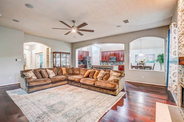 9131 Morningstar Drive, Sugar Land, TX 77479 (MLS #53652193) :: The Sansone Group