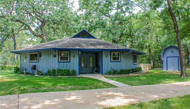 22340 Augusta Court, Huntsville, TX 77320 (MLS #53869443) :: Mari Realty