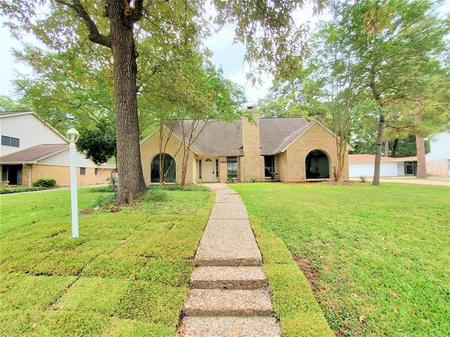 7915 Vickridge Lane, Spring, TX 77379 (MLS #55836735) :: The Freund Group