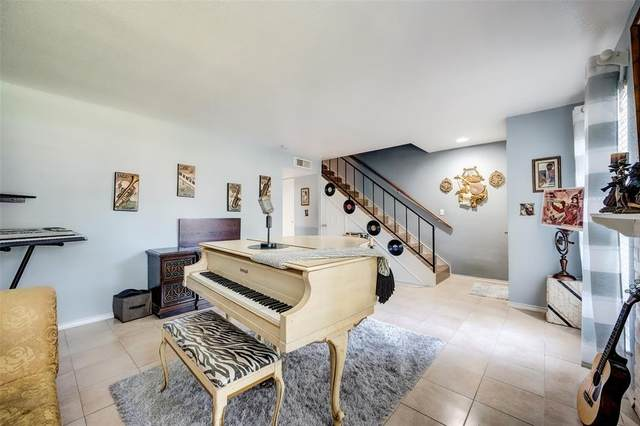 17230 Imperial Valley Drive #21, Houston, TX 77060 (MLS #56874729) :: All Cities USA Realty