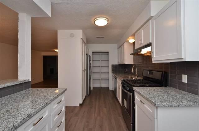13223 Robinglen Drive, Houston, TX 77083 (MLS #5833729) :: Ellison Real Estate Team