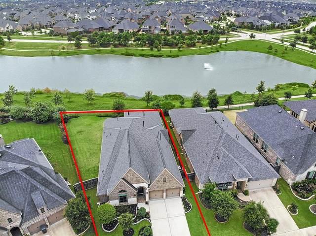 28103 Castle Park Lane, Fulshear, TX 77441 (MLS #58441130) :: The Property Guys