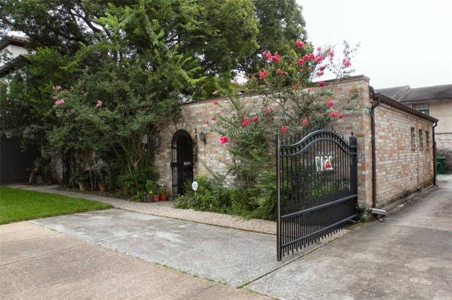 2517 Nantucket Drive, Houston, TX 77057 (MLS #58755918) :: Texas Home Shop Realty