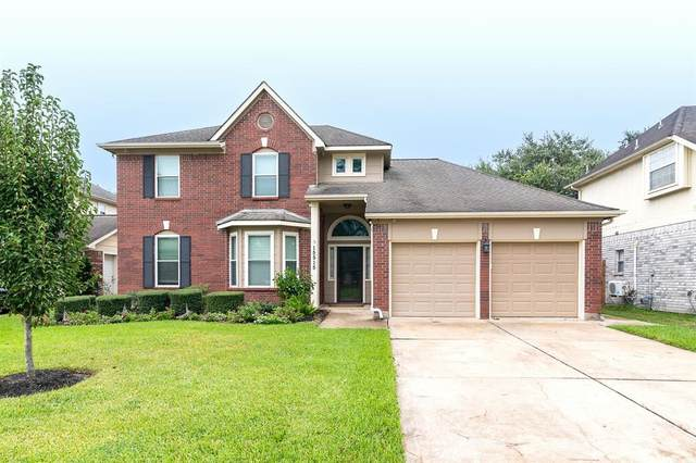 15515 Keowee Court, Friendswood, TX 77546 (MLS #59474983) :: The Wendy Sherman Team
