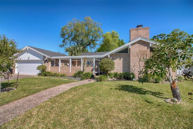 218 Sleepy Hollow Court, Seabrook, TX 77586 (MLS #59516398) :: Texas Home Shop Realty