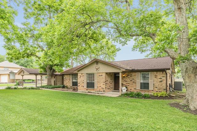 5134 Riverview Drive, Alvin, TX 77511 (MLS #59789788) :: Michele Harmon Team