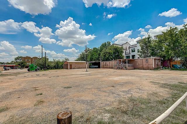 802 W 17th Street, Houston, TX 77008 (MLS #60254817) :: NewHomePrograms.com LLC