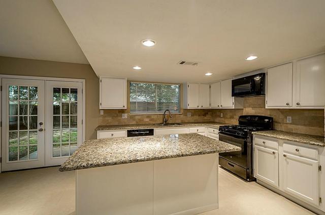 25319 Sugar Valley Lane, Spring, TX 77373 (MLS #62351634) :: Red Door Realty & Associates