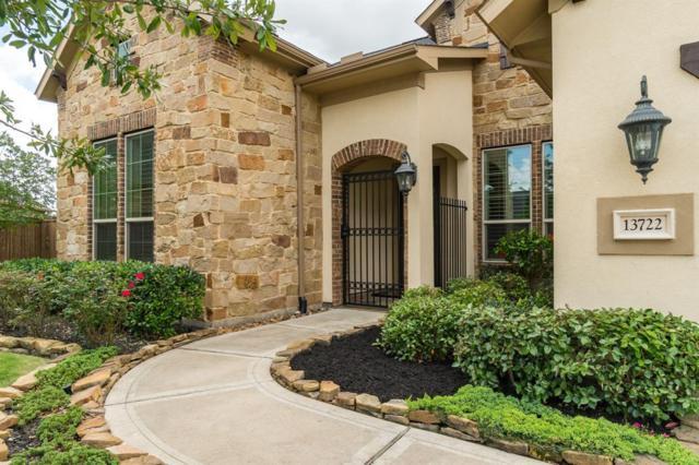 13722 Llano Lake Court, Houston, TX 77059 (MLS #62380484) :: Texas Home Shop Realty