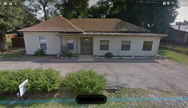 713 N Sharp Street, Franklin, TX 77856 (#62711751) :: ORO Realty