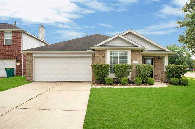 2507 Cypress Springs Court, Pearland, TX 77584 (MLS #6317888) :: Christy Buck Team