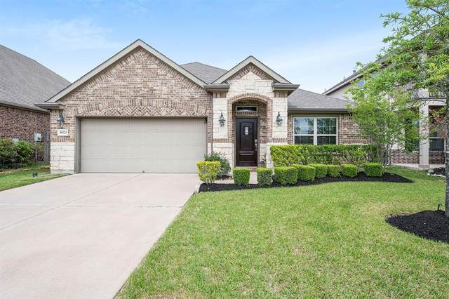 18222 Russett Green Drive, Tomball, TX 77377 (MLS #6375266) :: The Home Branch