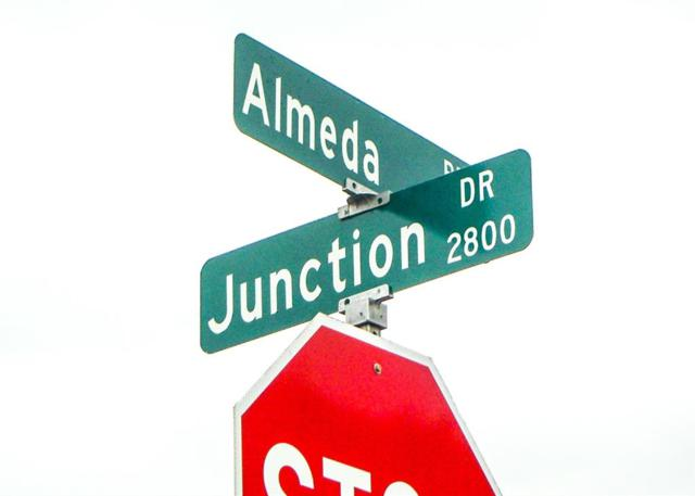0 Almeda Rd  Junction Dr Road, Houston, TX 77045 (MLS #64311883) :: Fairwater Westmont Real Estate