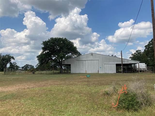 1531 Smith Rau Road NE, Columbus, TX 78934 (MLS #65431557) :: The Bly Team