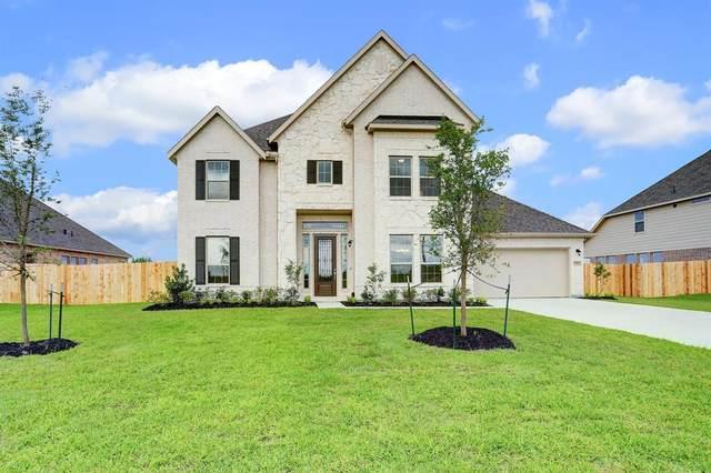 13514 Brookside Drive, Mont Belvieu, TX 77535 (MLS #68185674) :: Christy Buck Team
