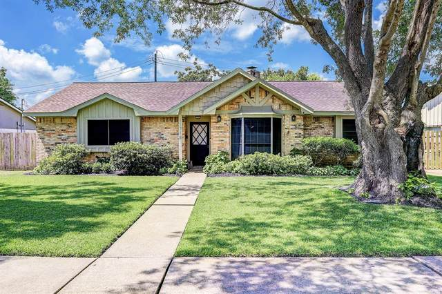 11718 Kirkmeadow Drive, Houston, TX 77089 (MLS #68346218) :: The Queen Team