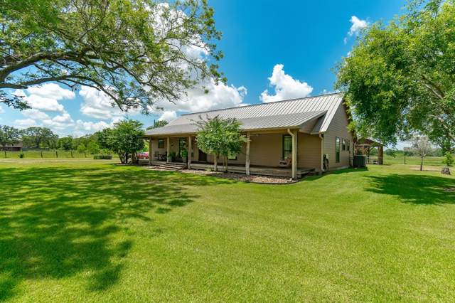 1516 County Road 34, Angleton, TX 77515 (MLS #68569332) :: TEXdot Realtors, Inc.