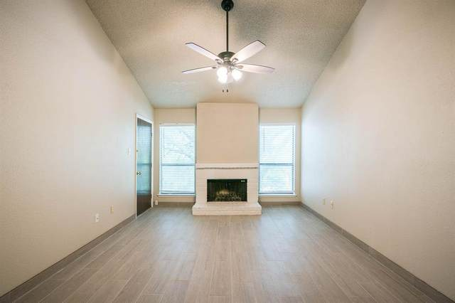 10051 Westpark Drive #212, Houston, TX 77042 (MLS #68607501) :: The SOLD by George Team