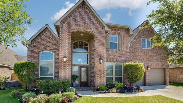 1923 Lily Canyon Lane, Pearland, TX 77584 (#70669813) :: ORO Realty