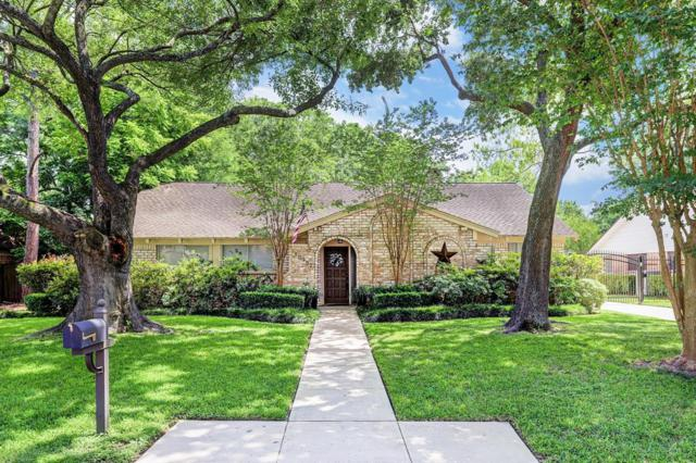 10907 Piping Rock Lane, Houston, TX 77042 (MLS #71802931) :: The SOLD by George Team