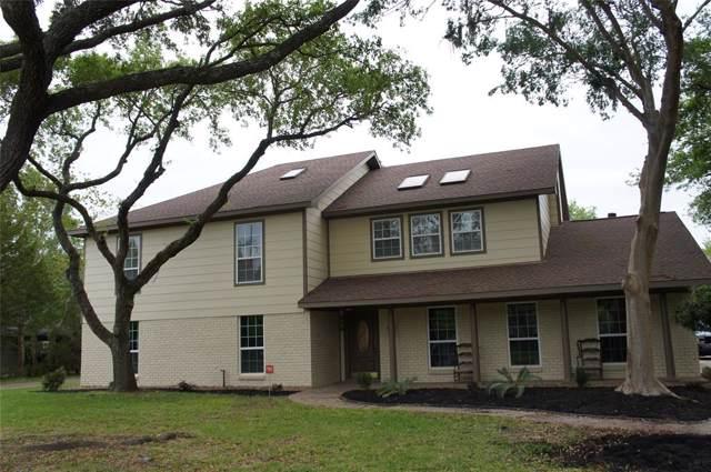 210 W Bayou Drive, Dickinson, TX 77539 (MLS #71855717) :: Ellison Real Estate Team