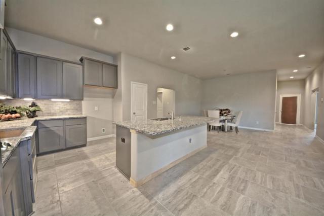 5827 Euclid Loop, Rosenberg, TX 77471 (MLS #72507430) :: Fairwater Westmont Real Estate