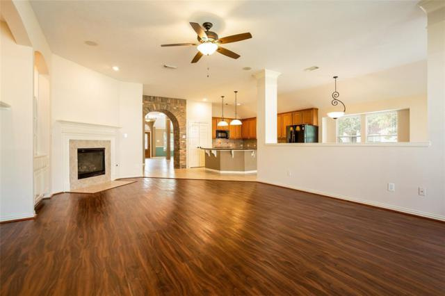 3010 Willow Brook Ct, Pearland, TX 77584 (MLS #73895563) :: The Home Branch