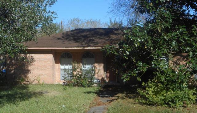 4901 32nd Street, Dickinson, TX 77539 (MLS #74409125) :: The SOLD by George Team
