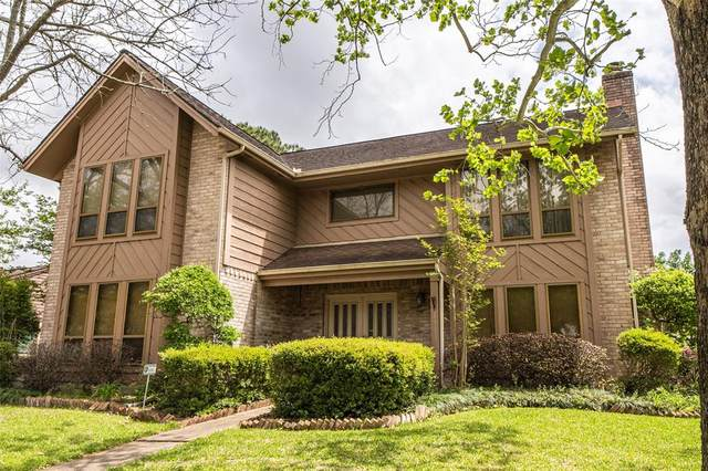 15035 Pearhaven Drive, Houston, TX 77062 (MLS #74907423) :: The Queen Team