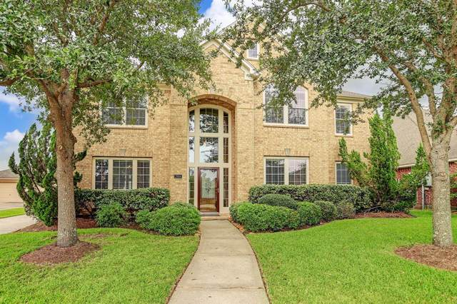 2904 Royal Bay Court, League City, TX 77573 (MLS #74936378) :: Rachel Lee Realtor