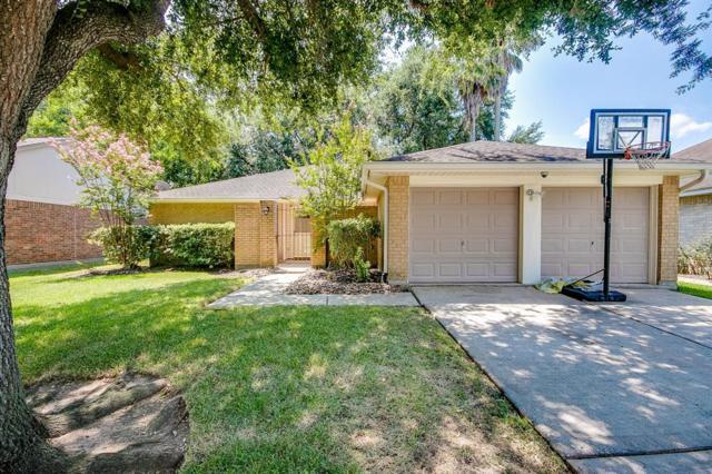 2821 Pine Mills Drive, League City, TX 77573 (MLS #76326630) :: Texas Home Shop Realty