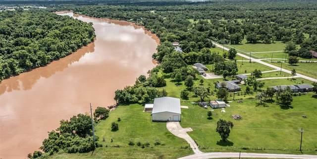 5850 Brazos River Rd Road #400, Freeport, TX 77541 (MLS #76623817) :: Keller Williams Realty