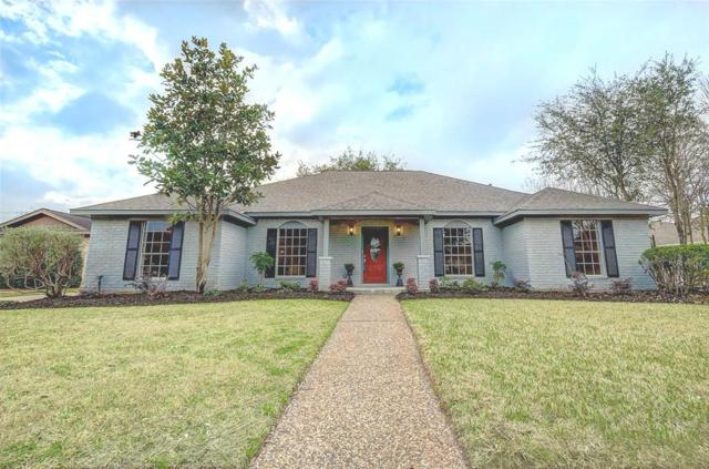 1821 Country Club Boulevard, Sugar Land, TX 77478 (MLS #80510423) :: Christy Buck Team