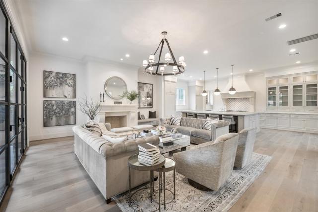 3028 Locke Lane, Houston, TX 77019 (MLS #81365280) :: Texas Home Shop Realty