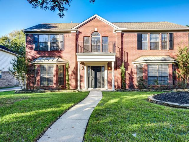 135 Bayou Bend, League City, TX 77573 (MLS #81406865) :: REMAX Space Center - The Bly Team