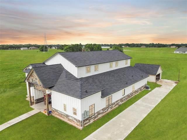 526 Angus Trail, Angleton, TX 77515 (MLS #81451675) :: Lerner Realty Solutions