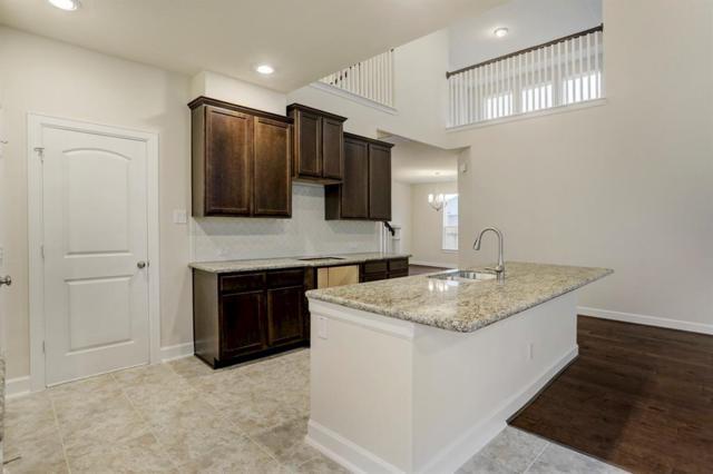 1713 Oakdale Mist Drive, Dickinson, TX 77539 (MLS #82131427) :: The Kevin Allen Jones Home Team