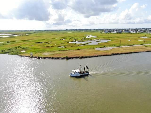 1329 Lagoon Drive, Crystal Beach, TX 77650 (MLS #83052191) :: The Andrea Curran Team powered by Compass