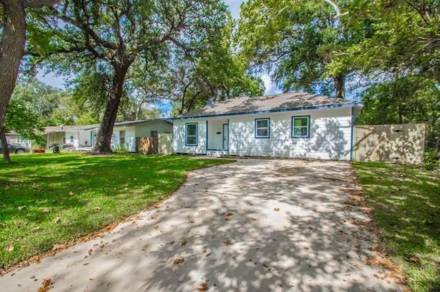 113 Wisteria Street, Lake Jackson, TX 77566 (MLS #83672954) :: Caskey Realty