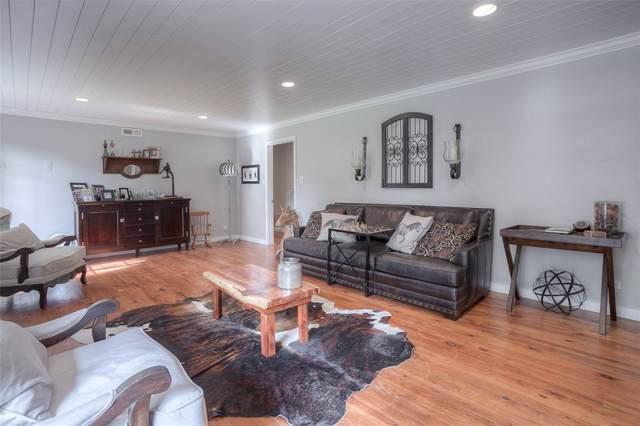 1910 Avenue O, Huntsville, TX 77340 (MLS #8411318) :: Texas Home Shop Realty