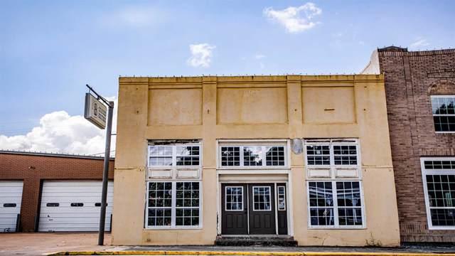 213 W Main Street, Brenham, TX 77833 (MLS #85620316) :: The Queen Team
