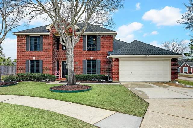 1302 John Court, Pearland, TX 77581 (MLS #86570496) :: Rachel Lee Realtor