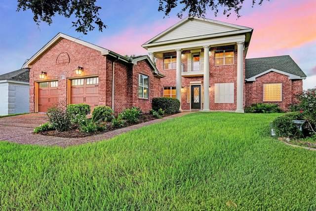11 Quintana Place, Galveston, TX 77554 (#86694877) :: ORO Realty