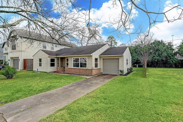 4627 Maple Street, Bellaire, TX 77401 (MLS #86712495) :: The SOLD by George Team